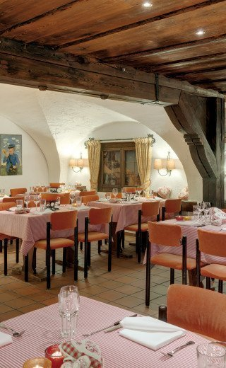 """La Cave"" traditional Swiss restaurant of the Morosani Hotel in Davos"